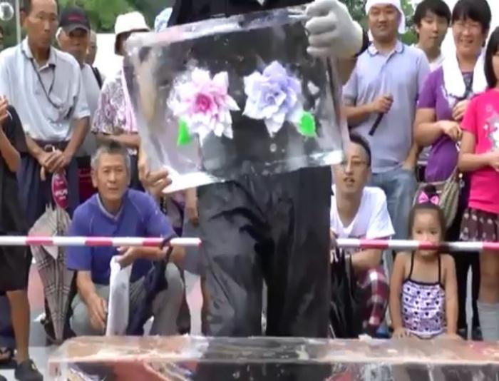 """[VIDEO] Kiệt tác """"Hoa trong đá"""" của người Nhật"""