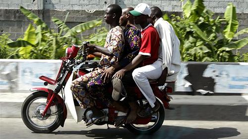 xe om nghe nguy hiem nhung hap dan o nigeria