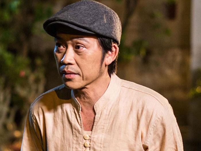 Nghệ sĩ Hoài Linh bị cộng đồng lên án vì quá chậm trễ chuyển tiền ủng hộ đồng bào miền Trung