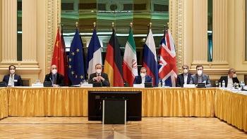 Mỹ dỡ bỏ trừng phạt dầu mỏ Iran?