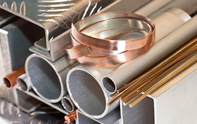 Trung Quốc bắt đầu bán các mặt hàng kim loại trong kho dự trữ quốc gia