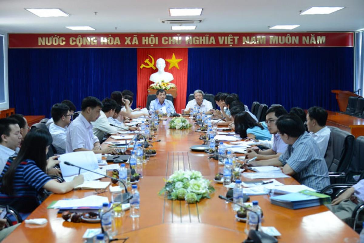 Lãnh đạo Tập đoàn Dầu khí Việt Nam làm việc tại BSR