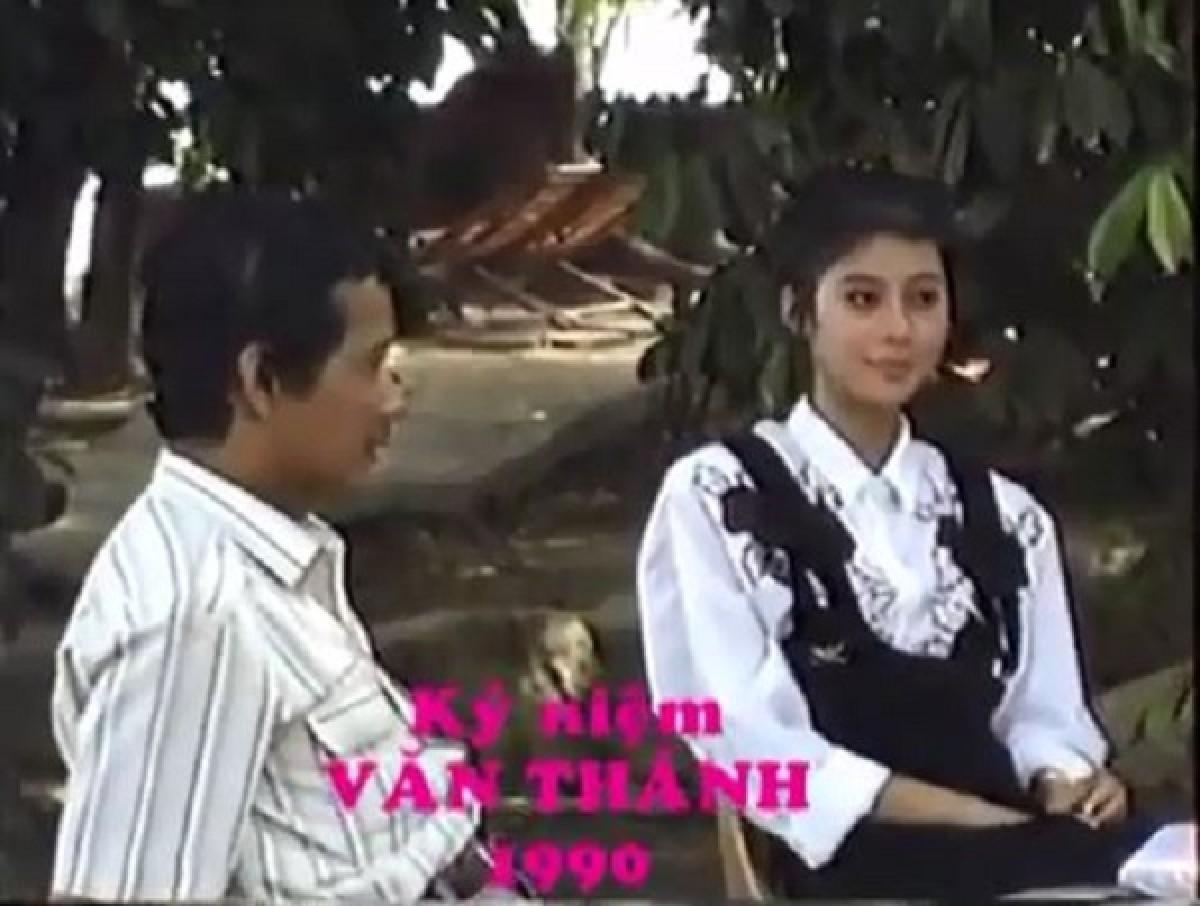 """[VIDEO] Hậu trường chụp ảnh của """"Đệ nhất mỹ nhân Việt"""" thập niên 90"""