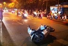 Dọa đánh rồi cướp xe máy sau va chạm giao thông