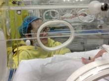 [VIDEO] Rơi nước mắt cảnh 2 mẹ con thiếu úy Huyền Trâm gặp nhau lần cuối