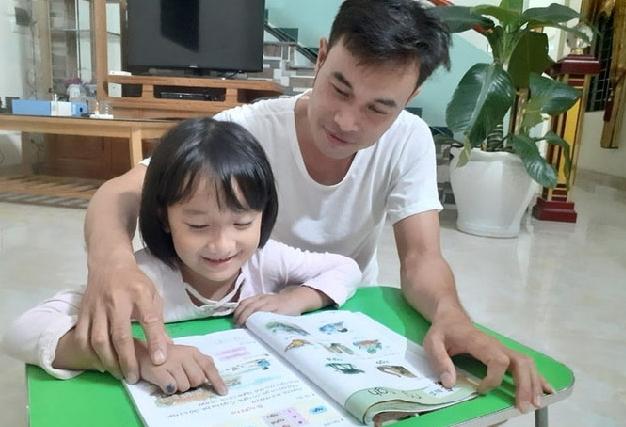 Vượt qua thách thức dạy con tại nhà