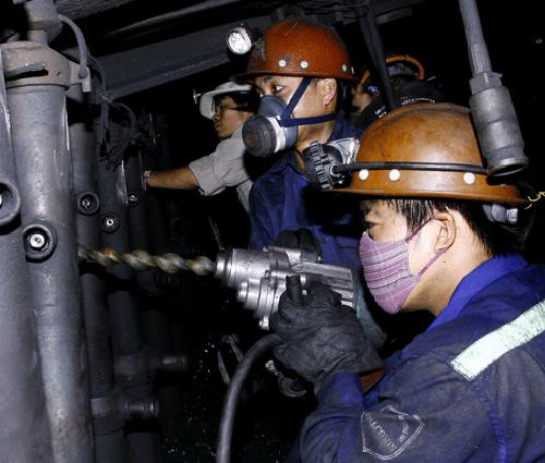 Khai thác hầm lò: Hướng phát triển bền vững của ngành than