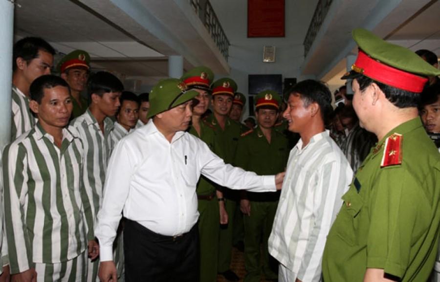 chinh sach uu viet va 16 van niem vui