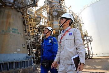Tầm cao của trí tuệ dầu khí