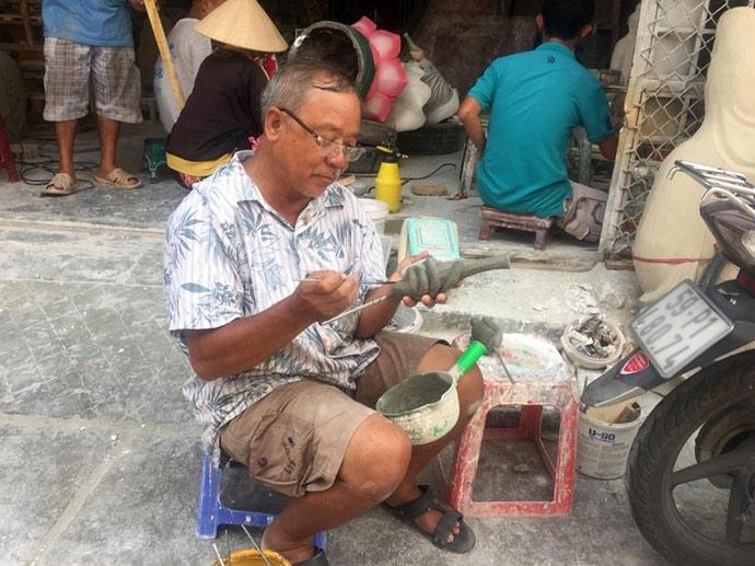 xom lam tuong phat 100 tuoi