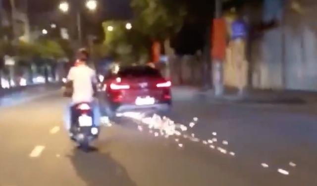 Nữ tài xế lái BMW gây tai nạn rồi bỏ chạy náo loạn đường phố Sài Gòn