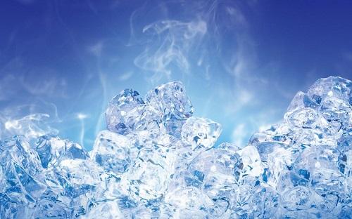 Kỳ lạ nước nóng đóng băng nhanh hơn nước lạnh