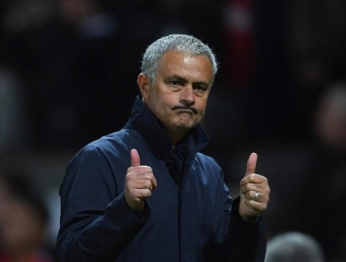 mourinho goi lich thi dau thang 10 cua mu la thuoc doc