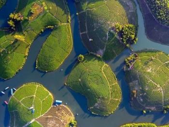 Đẹp sao đất nước Việt Nam ơi!