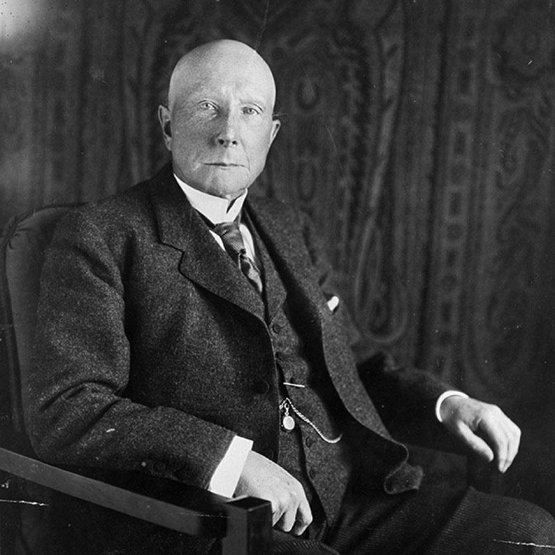 Nghệ thuật quản trị của Rockefeller