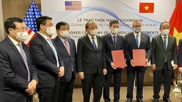 """[PetrotimesTV] PV GAS và AES ký kết """"Thỏa thuận liên doanh thành lập và vận hành Công ty TNHH Kho cảng LNG Sơn Mỹ"""""""