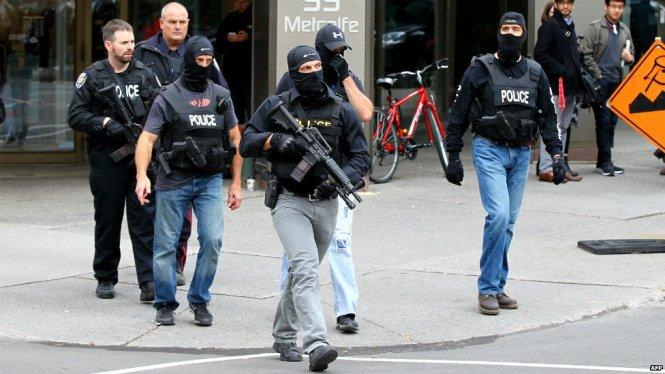 [VIDEO] Đấu súng như phim hành động trong tòa nhà quốc hội Canada
