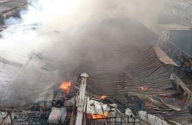 [VIDEO] Cận cảnh cháy lớn ở  Giáp Bát