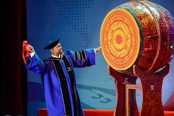 """QS 5 sao: """"Bệ phóng"""" để VinUni chinh phục giấc mơ đại học đẳng cấp thế giới"""