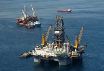 Giá dầu nhiều khả năng sẽ tiếp tục tăng khi thế giới vẫn phụ thuộc vào nhiên liệu hóa thạch