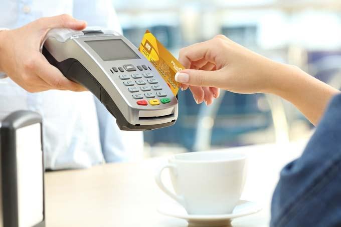 Thanh toán qua thẻ tín dụng: Sử dụng sao cho hiệu quả?
