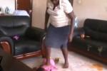 [VIDEO] Phẫn nộ bảo mẫu đánh đập dã man bé gái 2 tuổi