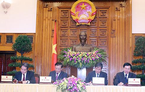 4 Bộ kí kết quy chế điều hành kinh tế vĩ mô