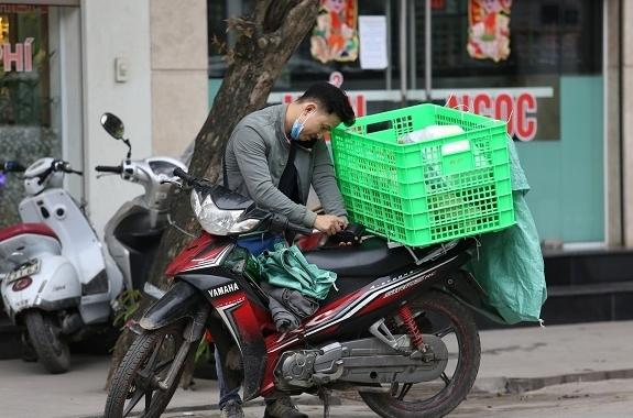 """Người bán hàng online tung chiêu """"né"""" Nghị định 126/2020"""