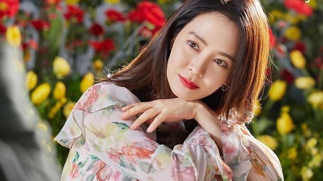 Bảng xếp hạng danh tiếng thương hiệu nghệ sĩ giải trí Hàn Quốc tháng 10/2021