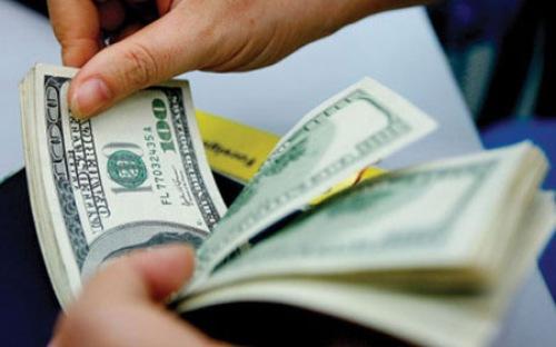 Giá USD tăng kịch trần