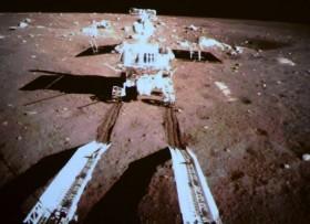 Trung Quốc: Tàu đổ bộ gửi ảnh từ mặt trăng