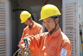 EVNNPC đảm bảo cung cấp điện các ngày nghỉ lễ 30/4 và 1/5