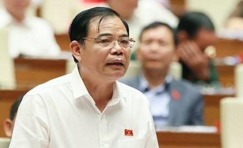 Bộ trưởng Nguyễn Xuân Cường đưa cảnh báo về tôm càng đỏ