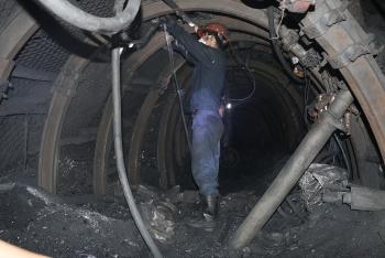Quảng Ninh: Sự cố hầm lò khiến 2 công nhân khai thác than thương vong