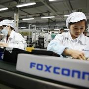 Foxconn gấp rút thuê nhân công với mức thưởng kỷ lục trong đợt mưa lũ