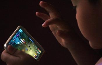 Trung Quốc giới hạn giờ chơi game trực tuyến của trẻ em