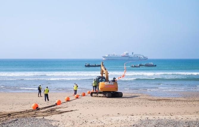 Google hoàn thành tuyến cáp biển nối Hoa Kỳ với Anh và Tây Ban Nha