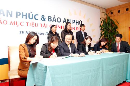 PVI Sun Life ra mắt hai sản phẩm bảo hiểm nhân thọ mới
