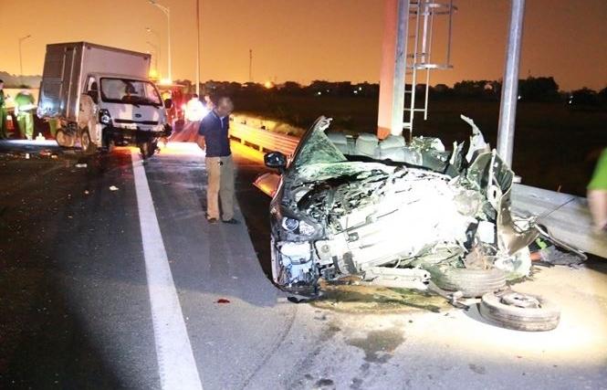 Tai nạn trên cao tốc Hạ Long - Hải Phòng, 5 người thương vong