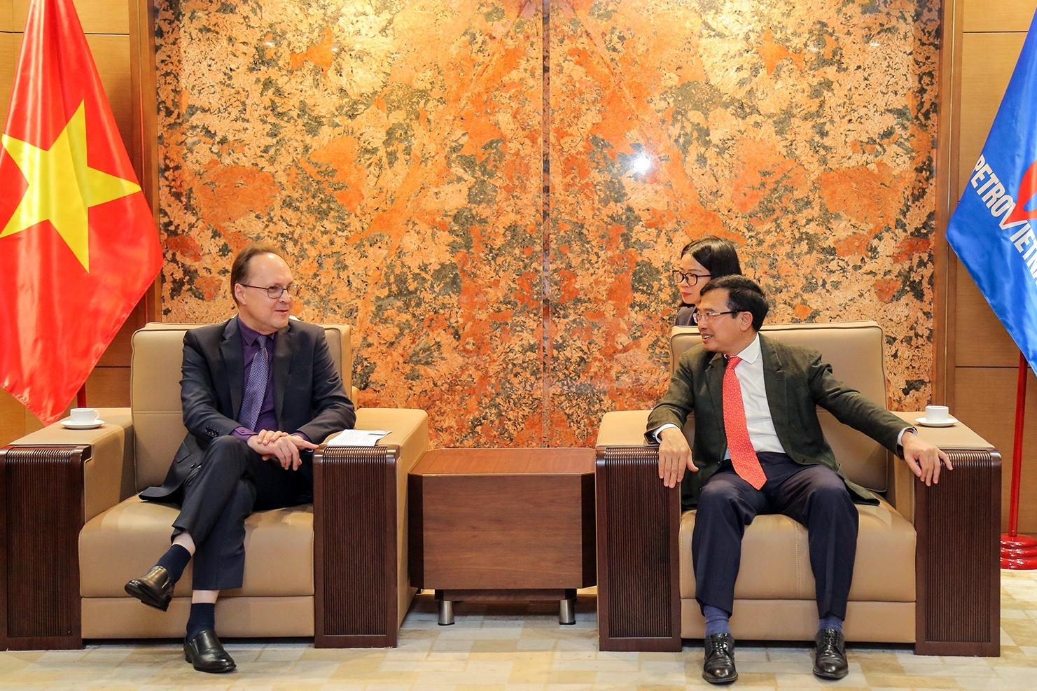 Chủ tịch HĐTV Petrovietnam Hoàng Quốc Vượng tiếp tân Đại sứ Liên bang Nga tại Việt Nam