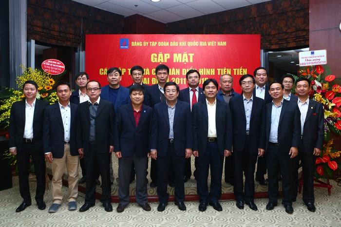 gap mat cac tap the va ca nhan dien hinh giai doan 2011 2015