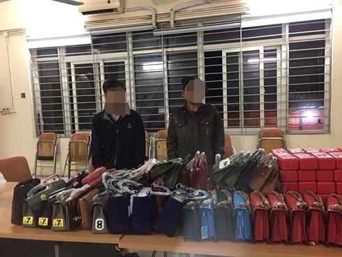 canh sat 141 chan bat o to cho phao sang cung nhieu hang lau