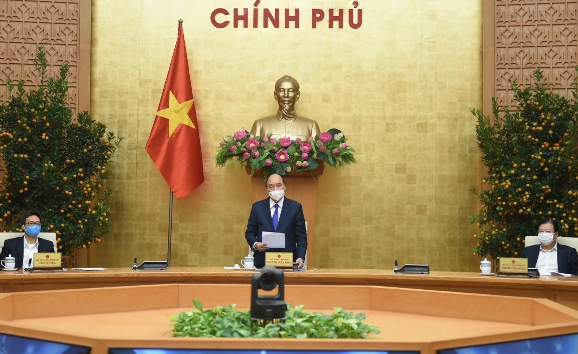 """Thủ tướng Nguyễn Xuân Phúc: """"Không được mất cảnh giác"""""""