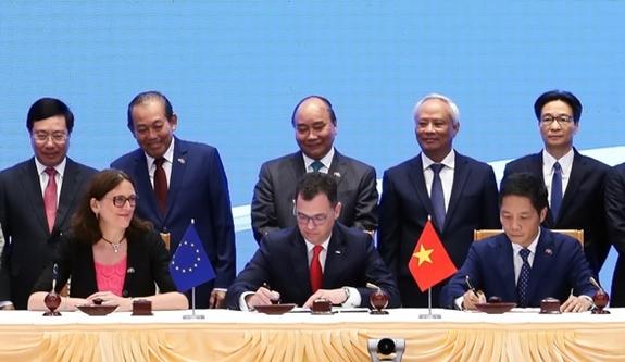 Bài 5: Nâng tầm thương mại Việt Nam - EU