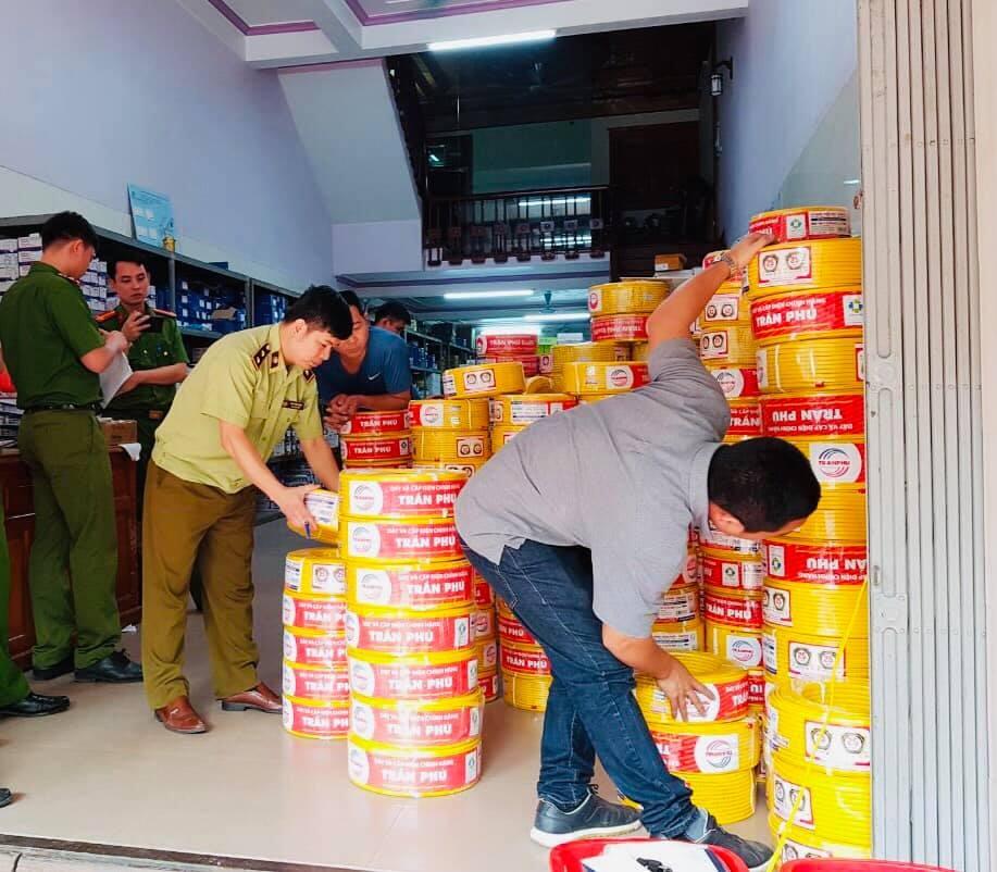 Vĩnh Phúc: Chuyển hồ sơ sang Công an xem xét hình sự vụ buôn bán dây điện Trần Phú