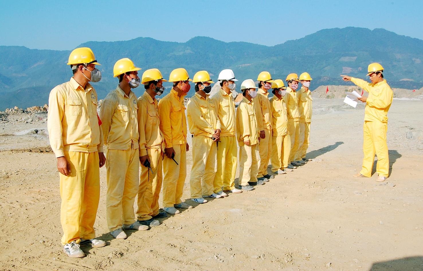 Công ty Công nghiệp Hóa chất mỏ Tây Bắc: An toàn tuyệt đối, hiệu quả cao