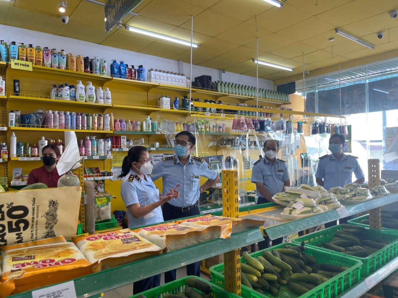 TP Hồ Chí Minh kiểm tra bán hàng tại các Cửa hàng Bách Hóa Xanh