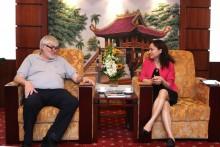 Chủ tịch Công Đoàn CNNL Na Uy thăm Công đoàn DKVN