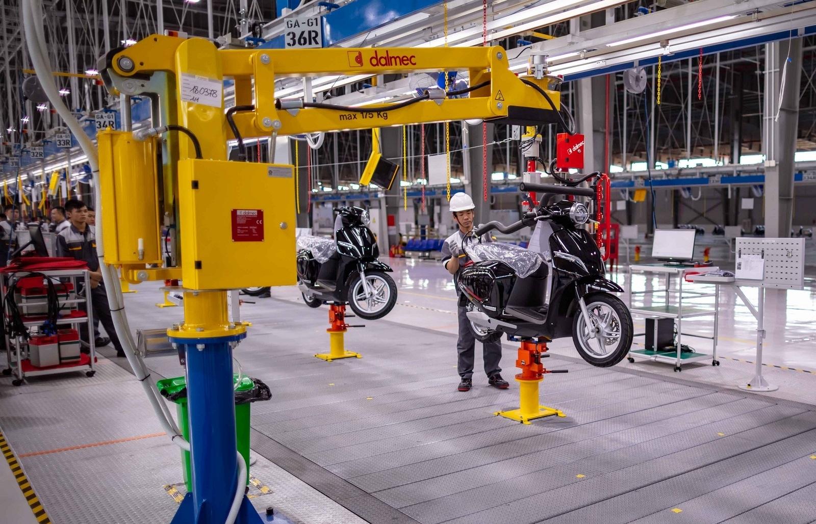 Sản xuất công nghiệp duy trì đà hồi phục