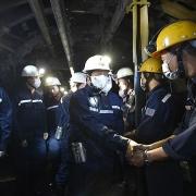 Phó Thủ tướng Lê Văn Thành xuống hầm mỏ, động viên công nhân Than Núi Béo - TKV